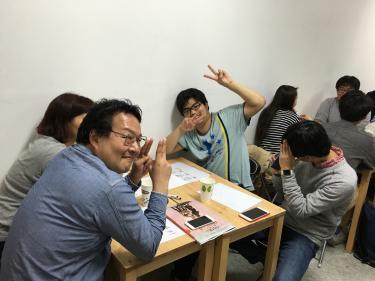 毎回テーマをもとに日本語韓国語を使って話しています^^