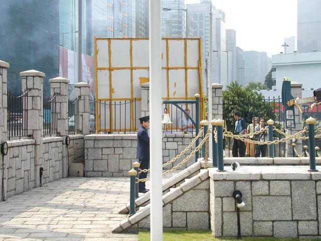 香港 ヌーン・デイ・ガン⑦