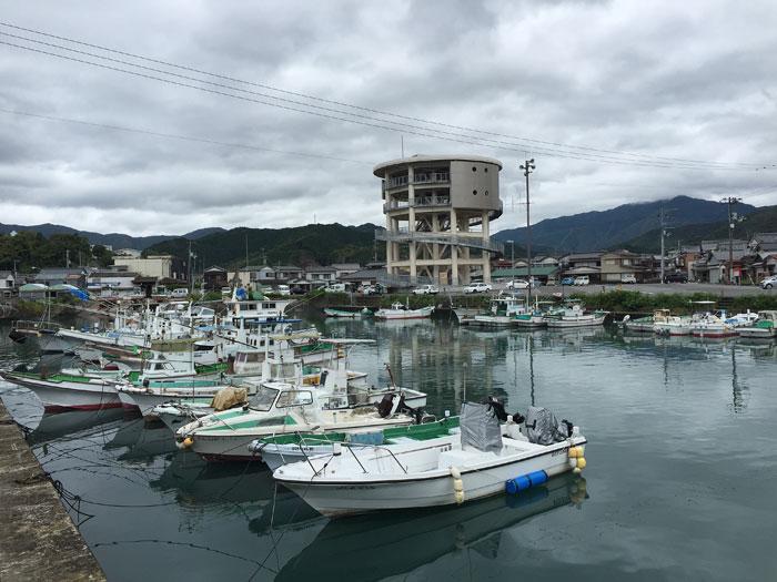 梅雨の港町-3
