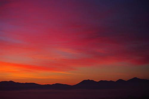 十勝岳連峰の朝焼け