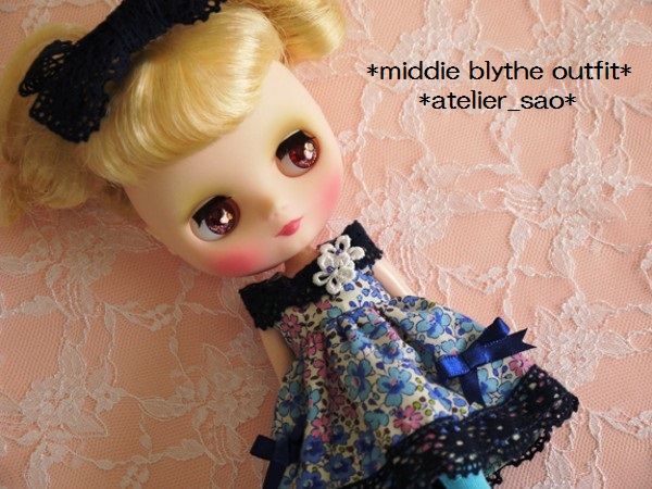 ◆ミディブライス◆青花柄ふんわりドレス1