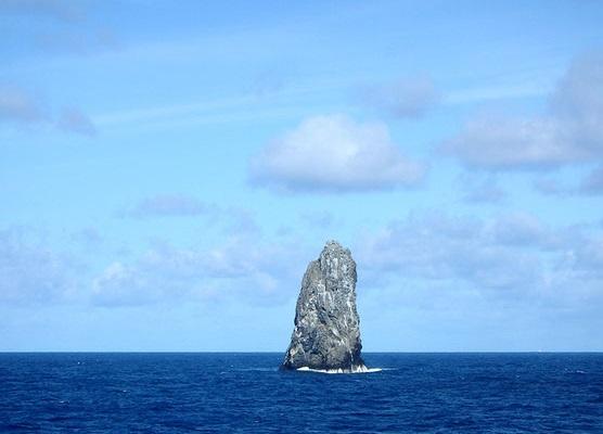 豆腐岩image