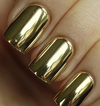 ゴールドネイル