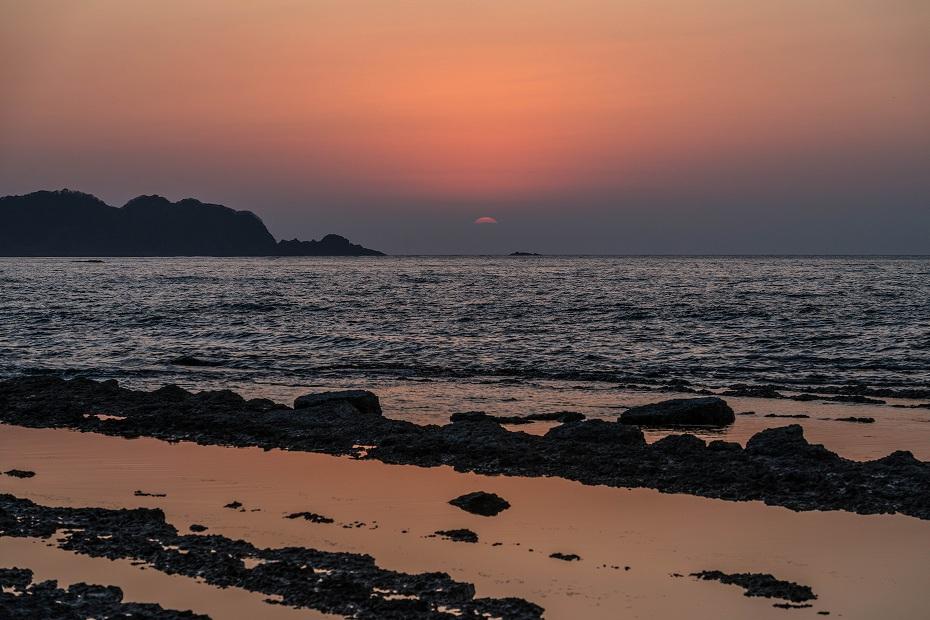 2016.04.08禄剛崎からの夕日7.1815