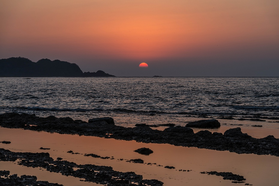 2016.04.08禄剛崎からの夕日5.1814