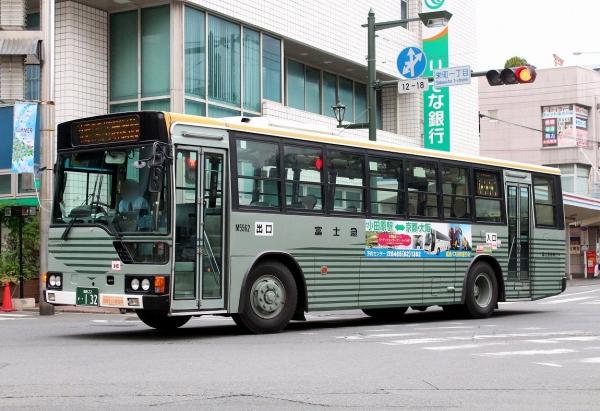 湘南22か・132 M5562