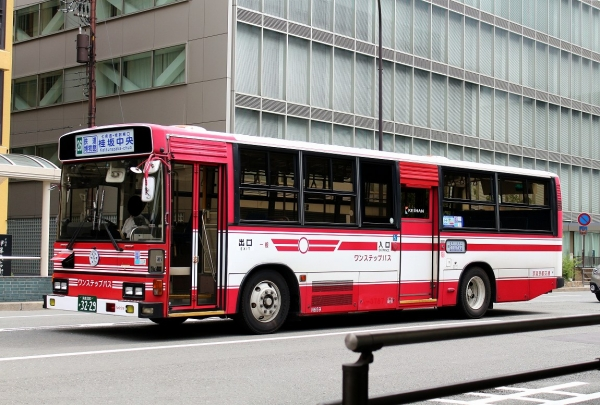 京都200か3229 N659