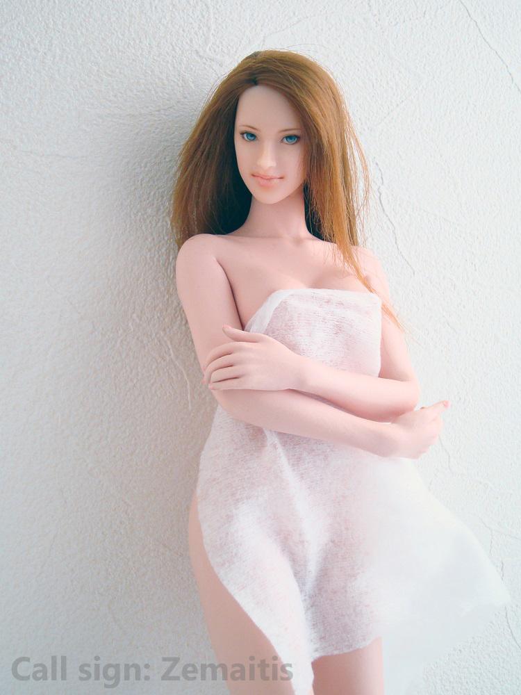 ElenaE2501.jpg