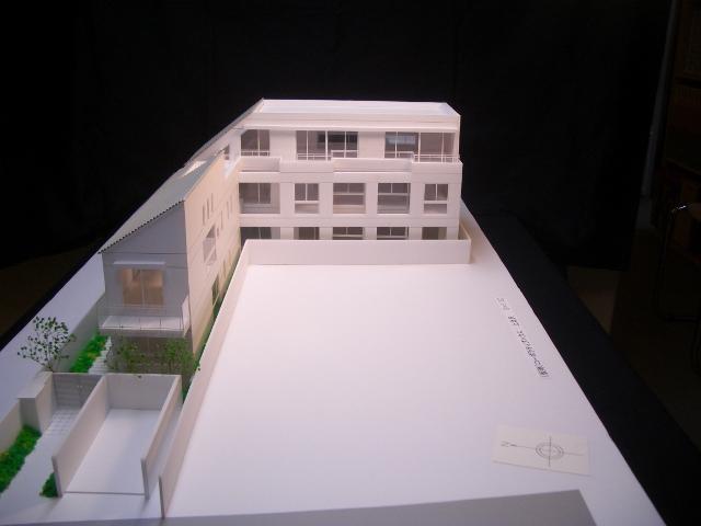 上北沢HAUS模型2