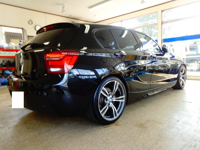 BMW116黒ローダウン