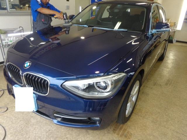 BMW116紺