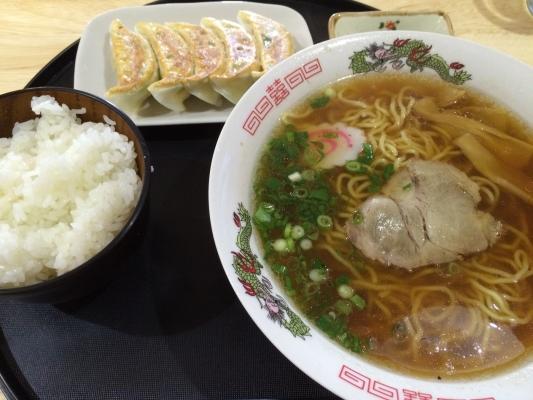 ラーメン野菜餃子定食
