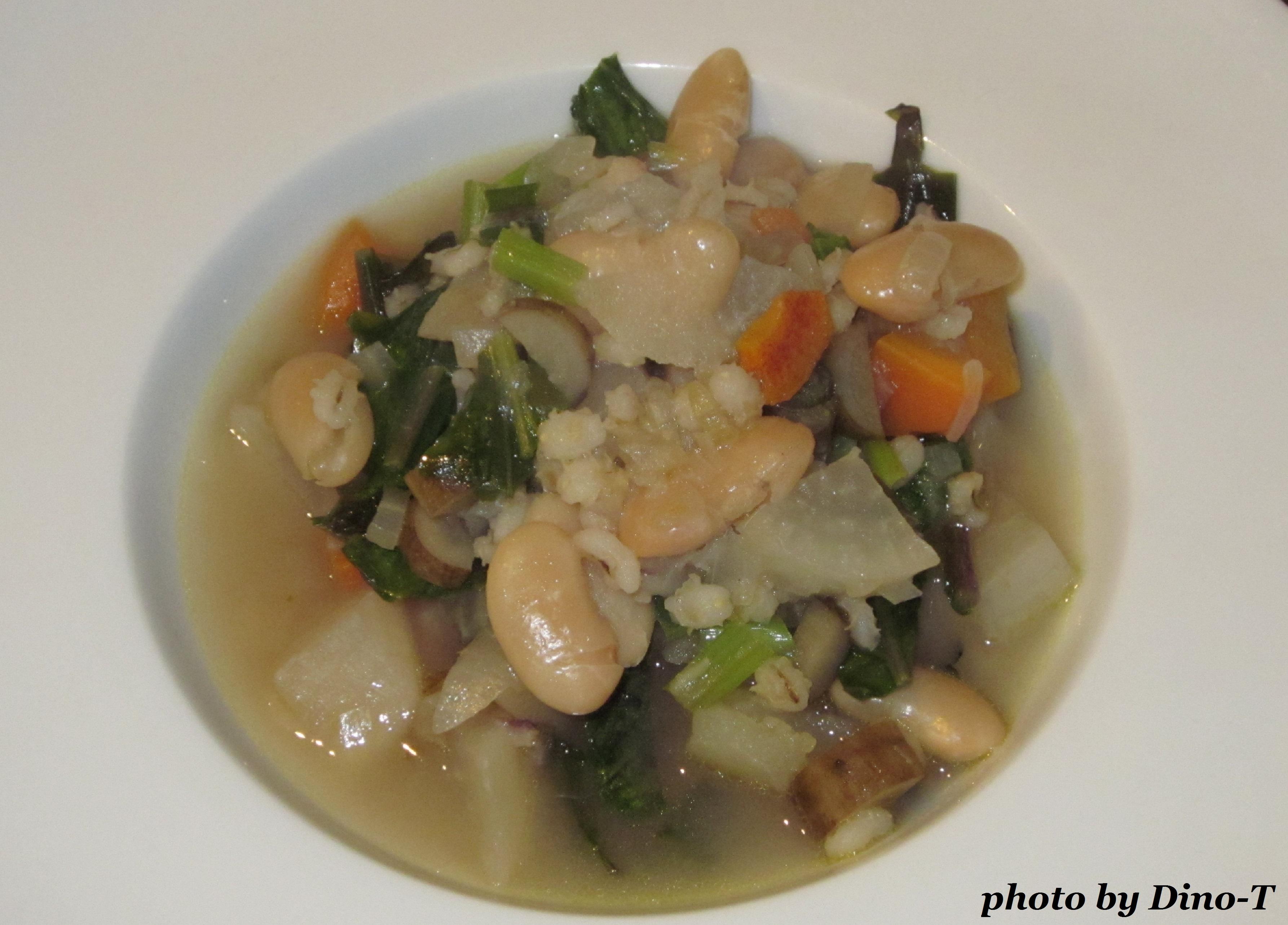 白いんげんと雑穀のスープ