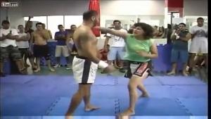 【Fight!】この女性、強っっっっっ!