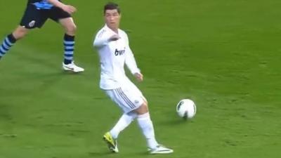 【神ワザ!】サッカー史上に残るテクニックがスゴイ!