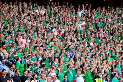 【衝撃!】アイルランドのサポーターが素晴らしすぎると絶賛される![EURO2016]