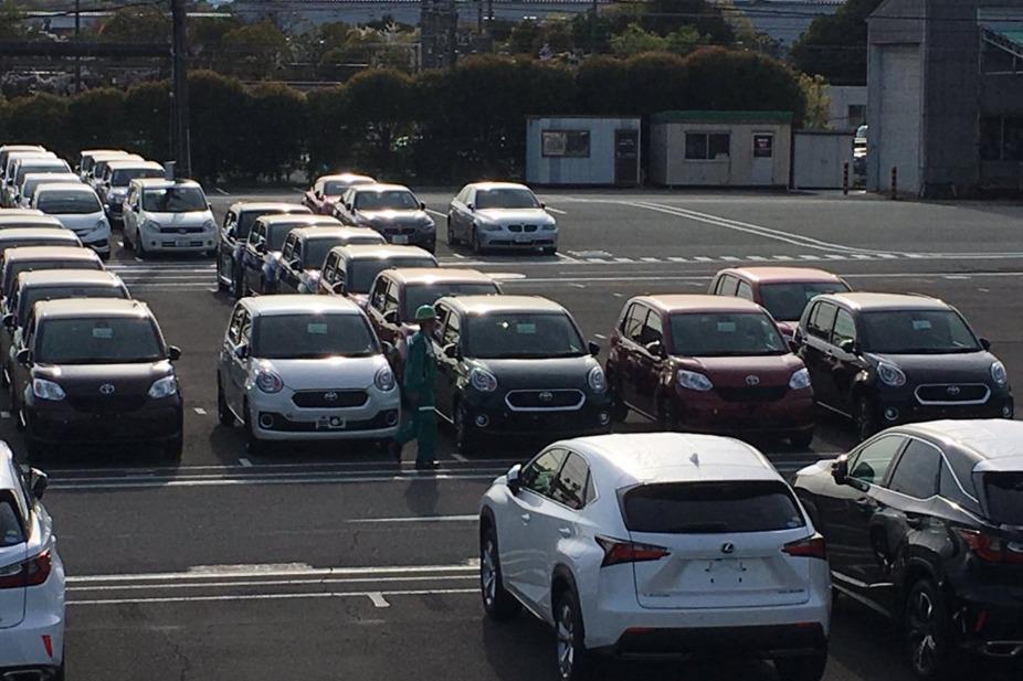 トヨタ新型パッソ実車2
