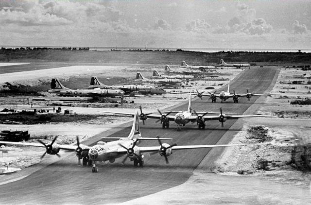 B-29Tinian_convert_20160509110856.jpg