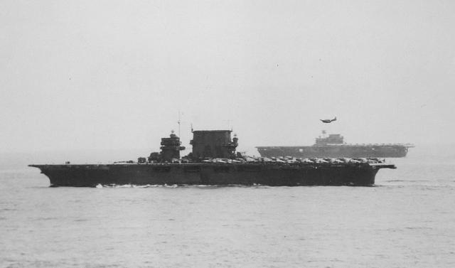 USSSaratoga(CV-3)USSEnterprise(CV-6)1942_convert_20160421104331.jpg