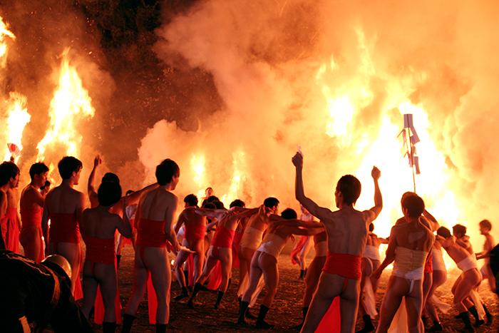 勝部火祭り