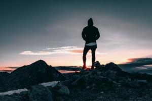 hiker-1082297_960_720.jpg