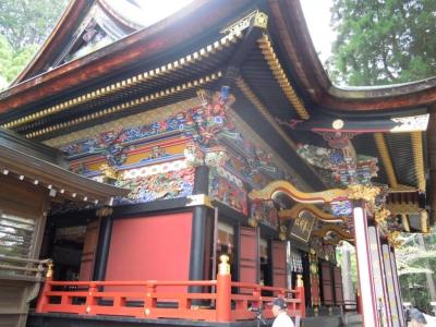 三峰神社160529塗り替えてある