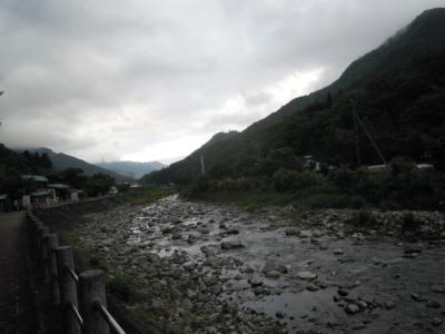 道志かわ道の駅近く160609