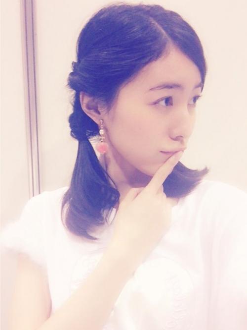 SKE松井珠理奈(19) こどもの日に こどもっぽいファッションと髪型