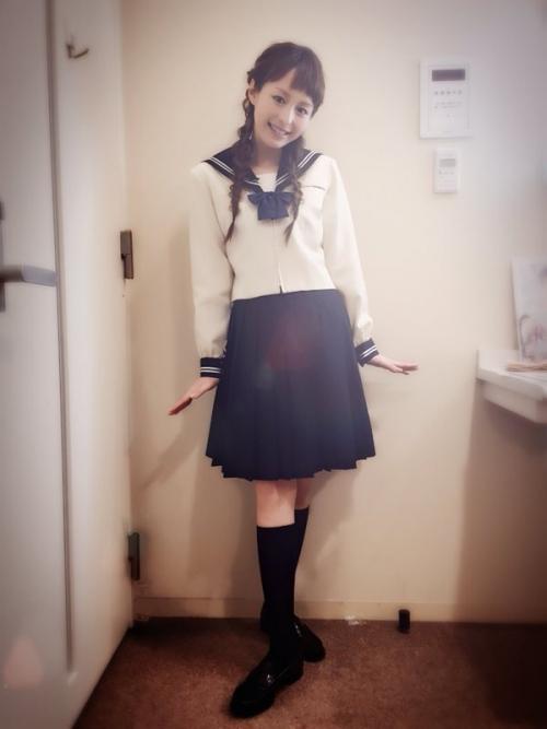 平野綾、セーラー服姿での「可愛い私」アピールに元ファンたちが大反発
