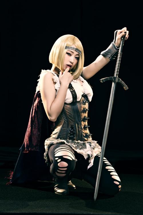 CM出演の有名人5人発見で100万円企画 女コスプレイヤー「御伽ねこむ」セクシーすぎて即バレる