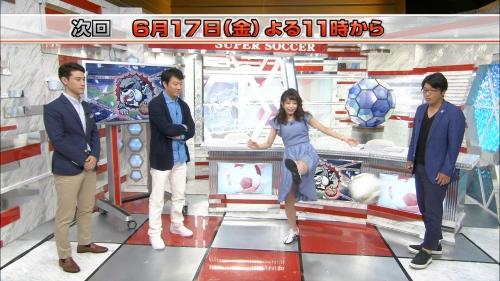 TBS宇垣美里アナのパンツが見えそうになる