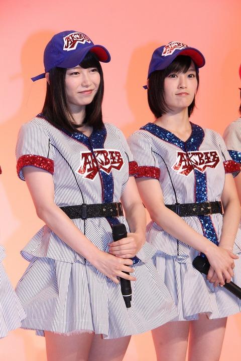 『熱闘甲子園』テーマソング担当 「高校野球大好き」山本彩と横山由依がWセンター