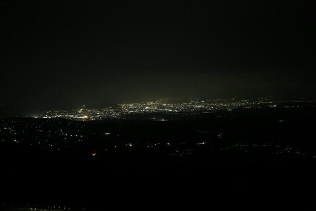 無線塔下①IMG_1214 (640x427)
