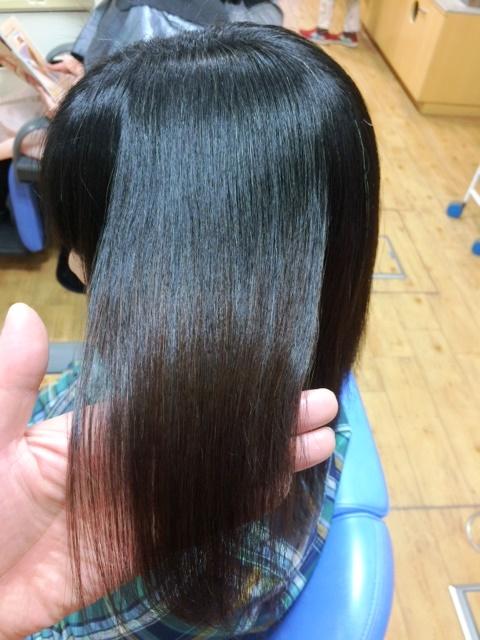 長野県安曇野市の自然なツヤの縮毛矯正
