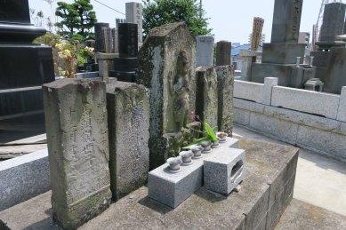 山野墓地・庚申塔