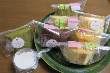 シュガー・ママの生クリームとシフォンケーキ6種7個