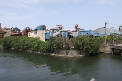 西浦の工場