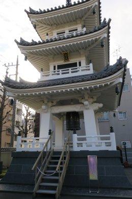 経石塔(三重塔・鐘楼)