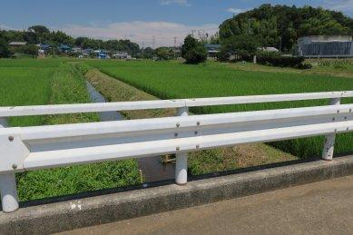 薬師入橋と鈴身川