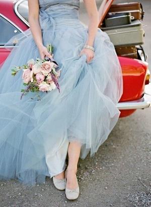 ブーケとドレス1