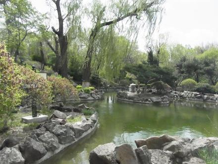 偽満皇宮内の庭園