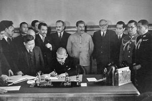 日ソ中立条約