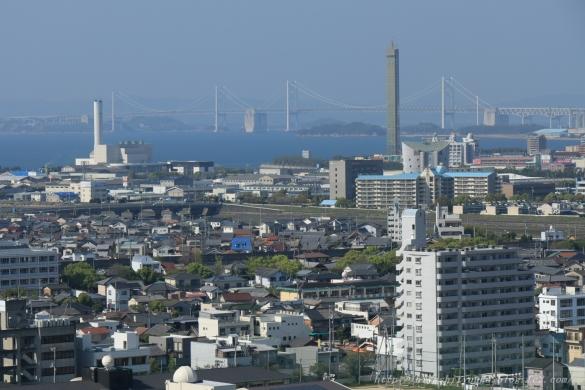 丸亀城から瀬戸大橋ーSN