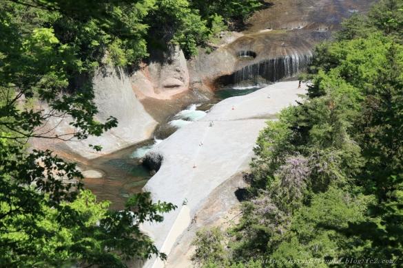 鱒飛の滝 俯瞰ーSN