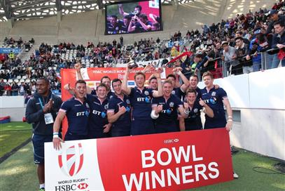 Scotland-Sevens-win-Bowl-in-Paris-1024x683 (PSP)