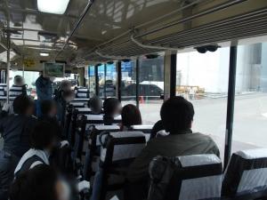 バス車内4(ぼかし)