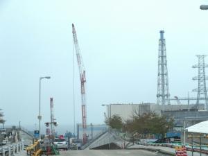 1号機原子炉建屋 排気筒