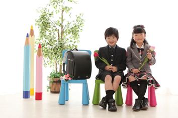 入学写真群馬伊勢崎しんやくん小学校入学きょうだい写真