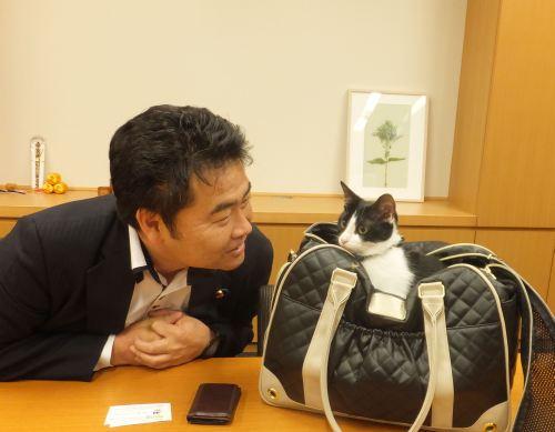 500衆議院議員高井たかし先生とお話
