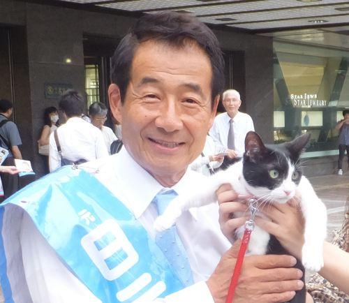 参議院議員 真山勇一 先生 500